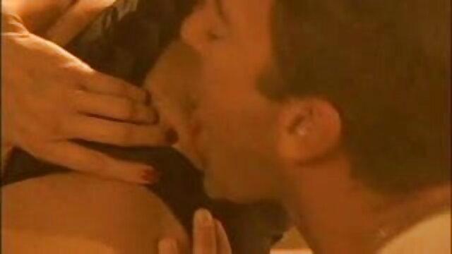 व्राल्योर आपको दिखाता है कि सेक्सी वीडियो फुल मूवी एचडी वह इसे कैसे पसंद करती है!