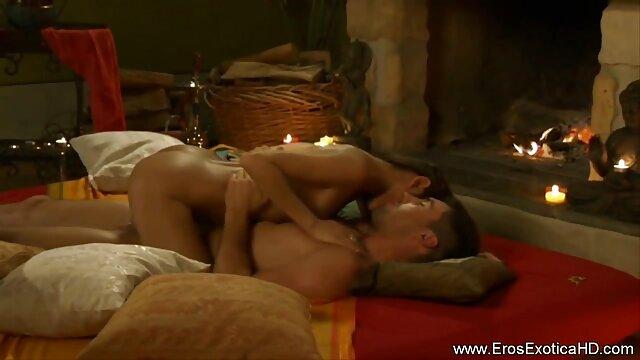 मौखिक प्लस चुंबन के लिए मास्टर फुल एचडी में सेक्सी फिल्म और विनम्र बाध्य जवान आदमी