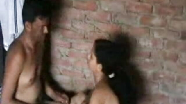 सींग का बना हुआ फुल सेक्सी मूवी एचडी एशियाई लड़की खुद को छूना