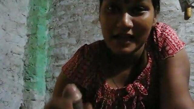 एक पत्थर मुश्किल हिंदी में सेक्सी फिल्म फुल एचडी मुर्गा पर बाउंस