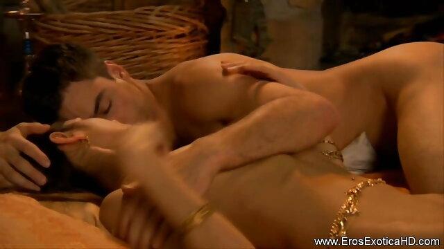 सेक्सी श्यामला अपने सेक्सी फिल्म मूवी फुल एचडी मुर्गा प्यार करता है