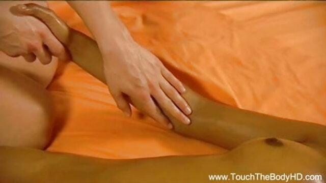 जेम्स उंगलियों और सेक्सी वीडियो एचडी फुल मूवी बाहर दस्तक देता है