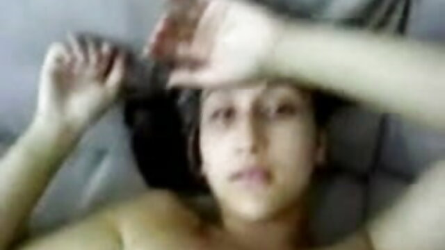 ब्रिटेन के आदमी जस्टिन डी ने अपने वसा डिक को तब तक दबा दिया जब तक कि वह सेक्स वीडियो मूवी एचडी फुल एक अखरोट को नहीं फेंक देता
