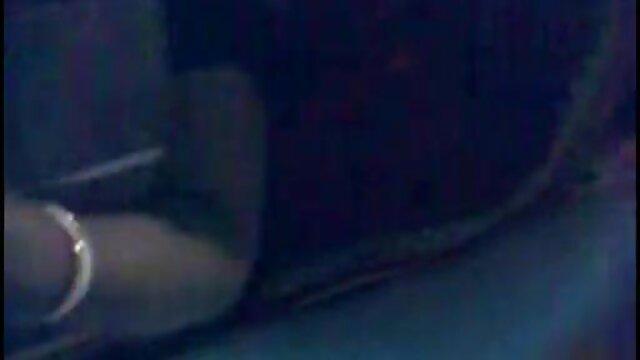 घर का बना एरोटिक दृश्यों इंग्लिश सेक्सी एचडी फुल मूवी में चरण माँ के साथ सेक्सी-69 एवीएस कॉम पर अधिक
