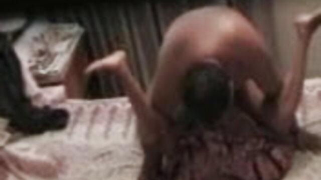 घर पर आक्रमण के फुल एचडी सेक्सी फिल्में दौरान गर्भवती